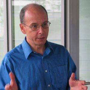 Alun Lewis, telecoms writer