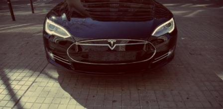 Telefónica provides connectivity for the Tesla Model S in Europe