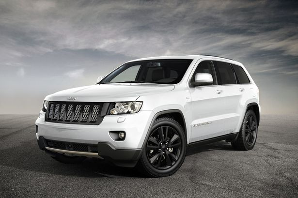 14714119_For editorial use only Road Record Jeep Grand Cherokee S-Limited