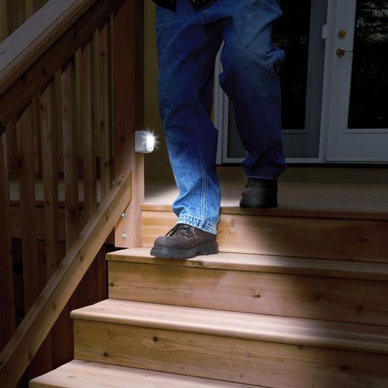 IEC2_home-motion-sensor-light