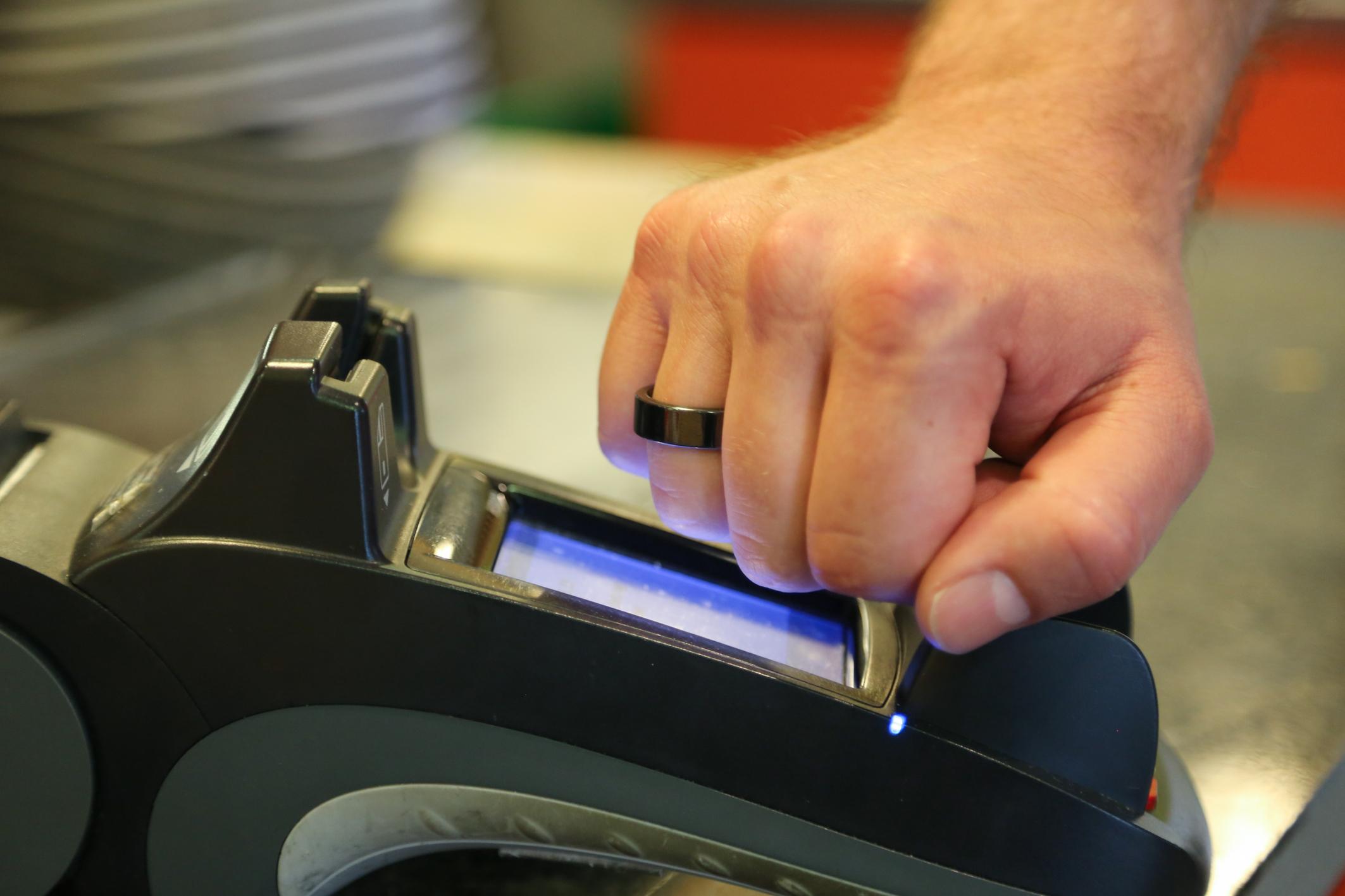 NFC_Payment_Ring_Terminal_2